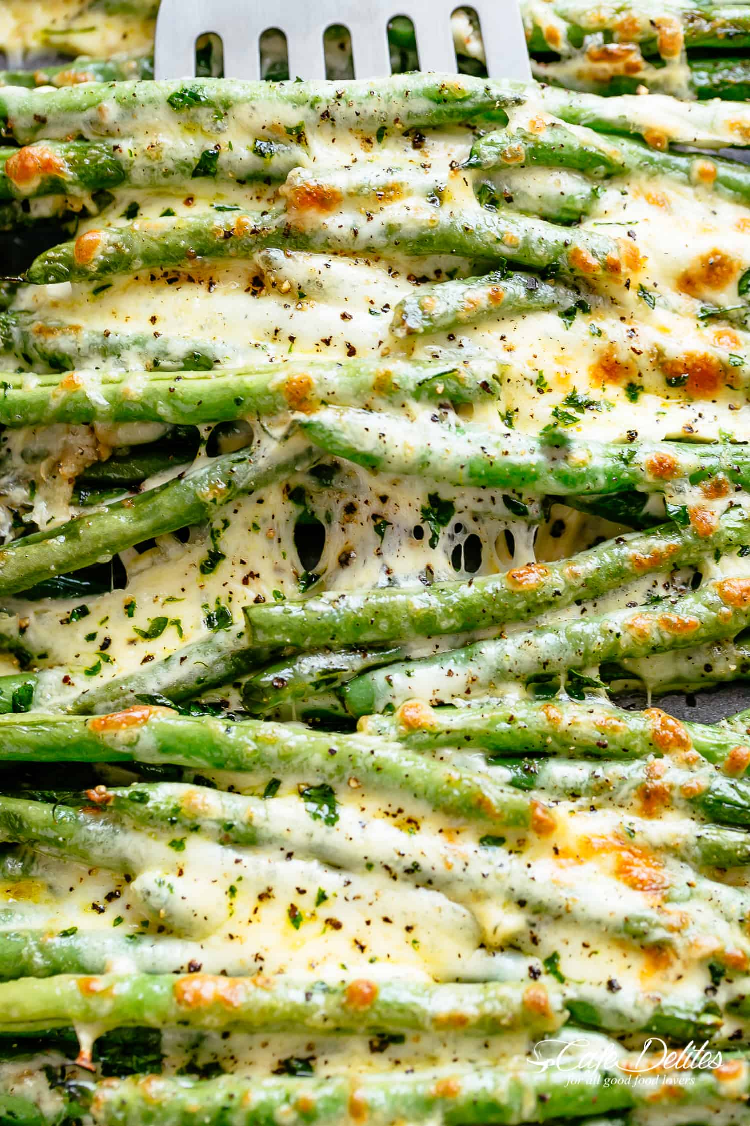 Cheesy Garlic Green Beans